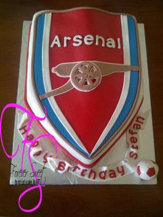 Arsenal Themed cake