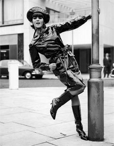 Mary Quant trench and boots 1963