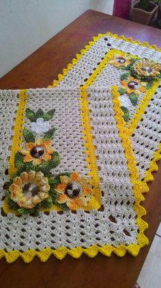 Crochet Polka Dot Lines Baby Blanket Pattern Crochet Home, Love Crochet, Easy Crochet, Farm Crafts, Diy And Crafts, Crochet Disney, Shabby Fabrics, Baby Afghan Crochet, Table Runner Pattern