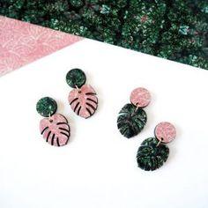 Jewelry Earrings a m a z i n g monstera earrings on etsy :) - Perfume Packaging, Jewelry Accessories, Jewelry Design, Diy Accessoires, Leaf Earrings, Dangle Earrings, Pink Earrings, Polymer Clay Earrings, Statement Earrings