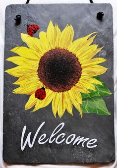 Hand painted slate sunflower welcome sign. by DidiceDesigns Painted Slate, Painted Rocks, Hand Painted, Brick Crafts, Tile Crafts, Tole Painting, Painting On Wood, Slate Art, Minions