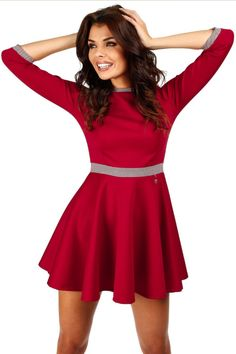 Robe corolle rouge, manches 3/4. - Mademoiselle Grenade