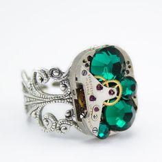 Lovely Jewelry Sparkle from London Particulars: Lovely jewelry sparkle from London Particulars with green gem looks detail