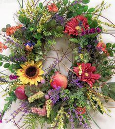 wreaths for fall Autumn wreaths - Flowers & Wreaths Inspiration Wreath Crafts, Diy Wreath, Grapevine Wreath, Wreath Ideas, Autumn Wreaths, Holiday Wreaths, Wreaths For Front Door, Door Wreaths, Wreaths And Garlands