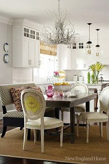 Chattafabulous: Settee at the Dining Table