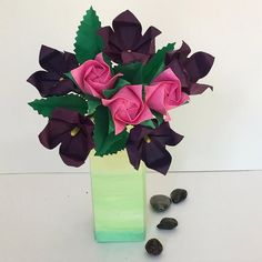 Beautiful color combination for a small flower bouquet.