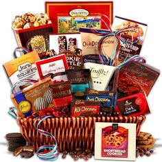 Marich Chocolates Holiday Giveaway http://freesamples.us/marich-chocolates-holiday-giveaway/