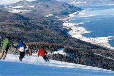 Le Massif de Charlevoix Daniel Gauthier has quickly transformed Le Massif in Baie-Saint-Paul into a world-class skiing destination that rivals Quebec's Mont Tremblant. Saint Lawrence River, St Lawrence, Charlevoix Quebec, Baie St Paul, Province Du Canada, Ski Canada, Destinations, Quebec City, East Coast