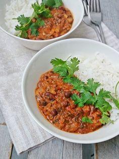 Ruokakonttuuri: Härkäpapucurry || Fava Bean Curry