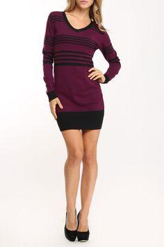 Fille a Suivre Cupcone Long Sweater In Violet >> Love this! Would be super cute with leggings!