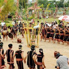 Ein traditionelles Fest der Minderheiten Nordvietnams #asiaticatravel #vietnam