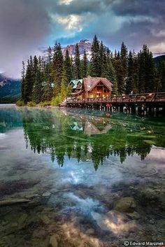 Emerald Lake, Yoho National Park, Canada Spent a wonderful summer vacation here. Yoho National Park, Parc National, National Parks, Dream Vacations, Vacation Spots, Places To Travel, Places To See, Emerald Lake, Emerald Rings