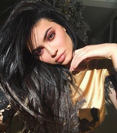 This is what it's like to be Kylie Jenner's assistant. For many, the idea of being Kylie Jenner's assistant might sound like a dream come true. Kendall Jenner, Kylie Jenner Fotos, Looks Kylie Jenner, Estilo Kylie Jenner, Kylie Jenner Makeup, Kylie Jenner Style, Khloe Kardashian, Estilo Kardashian, Kardashian Kollection