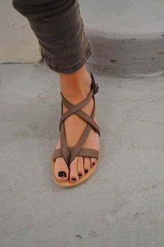 sandals from valia gabriel // online: http://www.wecreateharmony.com/valia-gabriel/ I want these