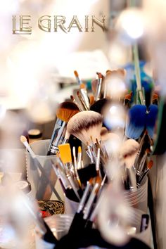 Minha bancada com pincéis no LE GRAIN www.legrain.com.br escola de maquiagem cursos de maquiagem Belo Horizonte MG