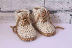 Bagcıklı kahverengi ipli patik #crochet #booties #baby #knit #knitting