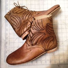 Market today! Come visit. 70 n. 7th st. @artistsandfleas #MarketLife #underhillleather #handmade #shoes #shoemaking