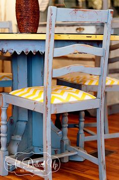 MIXING COLORS | MMS Milk Paint: Smokey Charcoal gray was created as well on this fun dinette set accented with Mustard Seed Yellow and Ironstone.