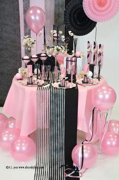 D co de table on pinterest deco mariage and mermaid parties for Deco table rose et noir