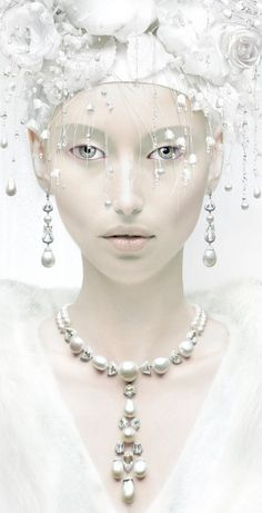 Girls in Pearls™ My Beautiful Daughter, Beautiful Women, Pearl And Lace, The Great Gatsby, Art Clipart, Shades Of White, Jewelry Photography, Black White Red, Textile Patterns