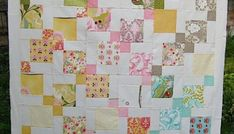 Moda Hunky Dory charm pack quilt using disappearing 9 patch quilt blocks tutorial Quilt Block Patterns, Pattern Blocks, Quilt Blocks, Charm Pack Quilts, Charm Quilt, Quilting Tutorials, Quilting Designs, Quilting Ideas, Modern Quilting