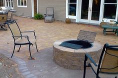 We fulfill projects of all sizes by covering every phase of #paving and #masonry development within one company. Whether it's a small asphalt patch, parking lot pot-hole repair, or a new construction parking lot with drainage and/or curbing, we will meet all your project needs.  #Long island driveway Paving #Long island asphalt Contractor