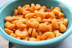 Homemade goldfish crackers from the Tasty Kitchen! Tasty Kitchen, Baby Food Recipes, Snack Recipes, Cooking Recipes, Homemade Goldfish Crackers, Queso Cheddar, Cheddar Cheese, Cheese Biscuits, Snacking