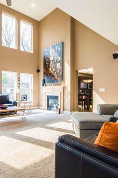 ניקוי שטיחים מקיר לקיר, על ידי שאיבת השטיחים תסיר את מרבית האדמה היבשה. ניקוי שטיחים מקצועי, תוך שימוש בציוד מתאים, יסיר מהשטיחים גם את האדמה השומנית הדביקה שנותרה ואת הריחות הלא רצויים. Gallery Wall, Frame, Home Decor, Picture Frame, Decoration Home, Room Decor, Frames, Hoop, Interior Decorating