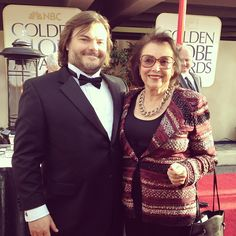 "Everybody say ""Awww!"" #JackBlack & his #mom #momsarethebestdates"