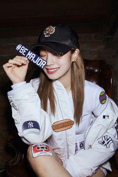 style style style Nayeon, Ulzzang Fashion, Korean Fashion, South Korean Girls, Korean Girl Groups, Twice Dahyun, Twice Kpop, One In A Million, Girl Photos