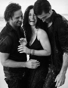 Lost (Josh Holloway, Evangeline Lilly & Matthew Fox) I wanna be in the middle of the Manwich!!!