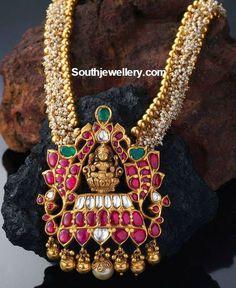 pearl necklace with lakshmi pendant 490x600 photo