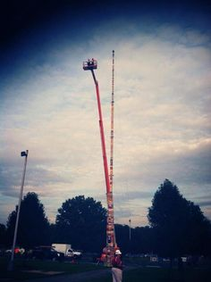Delaware school district sets world record for highest LEGO tower ever -- 112 feet