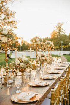 Inspirations pour un mariage doré | Mise en place table pour mariage doré | La…
