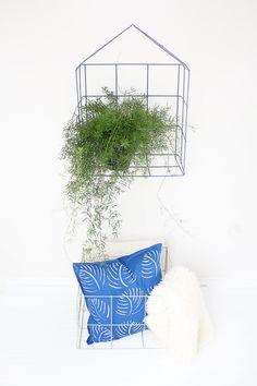 DIY Wire Mesh Shelf