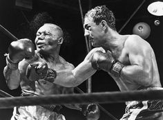 Rocky Marciano knocking out Jersey Joe Walcott in 13.