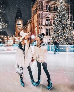 wow winter there! we should pack us to ur parents luggage a go there wow winter there! we should pack us to ur parents luggage a go there Photo Best Friends, Best Friend Pictures, Best Friend Goals, Best Friends Forever, With Friends, Friend Pics, Photos Bff, Bff Pictures, Travel Pictures