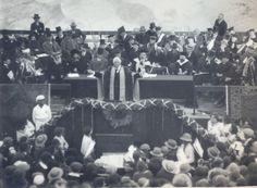 Lord Balfour declaring the University open. On the platform: Mr. Ginsberg (Ahad Ha-am); Chief Rabbi Meir; Chief Rabbi Kook; Lord Allenby; Sir Herbert Samuel; Dr. Weizmann; Chief Rabbi Dr. Hertz; Sir Arthur Schuster; Mr. Sokolow; Mr. Ussischkin [1/4/1925]