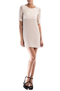 Vestido de punto y encaje en tono beige. No incluye cinturón Clarita de Poète @ www.miinto.es