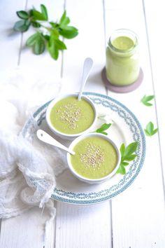 Soupe de courgette au sésame et au soja