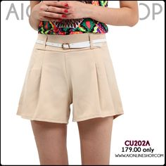 Pleated Stretchable Shorts - P179.00 only!! Find this and more at http://aionlineshop.com/ <3