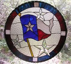 This stained glass window hanging of the Texas flag was made as a donation to the City of Lago Vista, Texas. Stained Glass Ornaments, Stained Glass Birds, Stained Glass Panels, Stained Glass Projects, Fused Glass, Hanging Art, Window Hanging, Stained Glass Patterns Free, Texas Flags