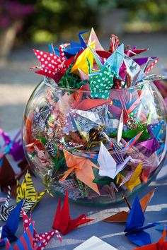 The Kimono Gallery — Origami paper cranes, Japan 1000 Paper Cranes, 1000 Cranes, Origami Paper Crane, Origami Cranes, Origami Butterfly, Origami Birds, Origami Dragon, Origami Rose, Monarch Butterfly