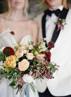 Moody Fall Wedding Inspiration with Lush Florals, Photography by Emily…