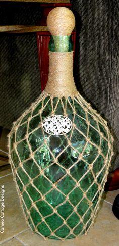 Cameo Cottage Designs: Knotted Jute Net Demijohns or Bottles DIY Tutorial Mesh Wreath Tutorial, Diy Tutorial, Wine Bottle Crafts, Bottle Art, Glass Bottle, Wine Bottles, Plastic Bottles, Globe Decor, Altered Bottles