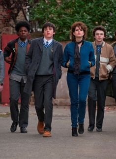 Directed by John Carney. With Ferdia Walsh-Peelo, Aidan Gillen, Maria Doyle Kennedy, Jack Reynor. A boy growing up in Dublin during the escapes his strained family life by starting a band to impress the mysterious girl he likes. Sing Street Movie, Sing Street 2016, Movie Tv, April Movies, Best Rom Coms, Vocal Exercises, Star Wars, Movie Releases, Musicals