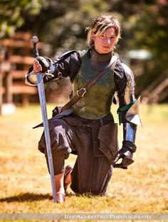 New Zealand sword fighter Samantha Swords (stage name) 2013 winner of the long sword event in the Harcourt Park World Invitational Jousting Tournament. Samantha also designs her own swords. You can watch a great interview with Samantha, who trains in Historic European Martial Arts, at http://www.youtube.com/watch?v=3X3wJamiEMw