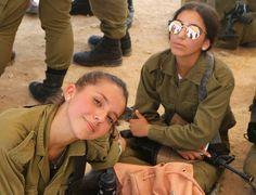 Idf Women, Military Women, Brave Women, Real Women, Young And Beautiful, Beautiful Women, Hot Cops, Fierce Women, Pretty Females