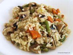 No dejéis de probar esta riquísima receta de cocina de arroz con verduras, ligera y muy fácil Vegan Vegetarian, Vegetarian Recipes, Eat Fruit, Paella, Fried Rice, Food And Drink, Cooking, Healthy, Ethnic Recipes