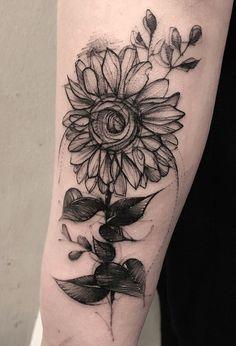 Tattoos for women, letter b tattoo, sun tattoos, body art tattoos, tatoos. Sunflower Tattoo Sleeve, Sunflower Tattoo Shoulder, Sunflower Tattoos, Sunflower Tattoo Design, Sun Tattoos, Forearm Tattoos, Black Tattoos, Body Art Tattoos, Stomach Tattoos